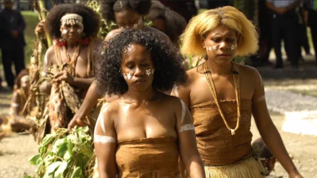 Papua Woman